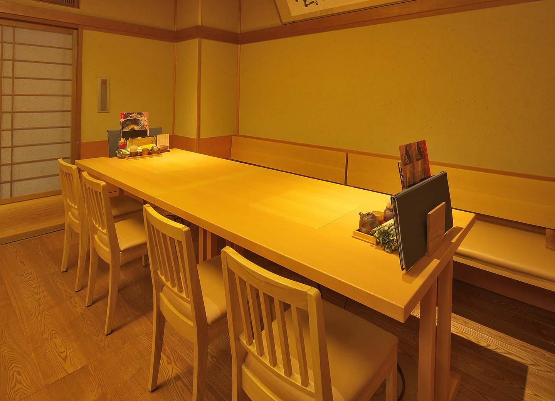 テーブル席 個室 ひいらぎ、ふじ  (2テーブル連結仕様)